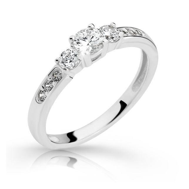 zásnubní prsten s diamantem danfil diamonds